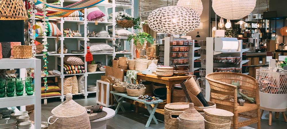 Shop Boutiques & Antiques